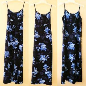 Maxi sundress navy blue roses floral No Boundaries